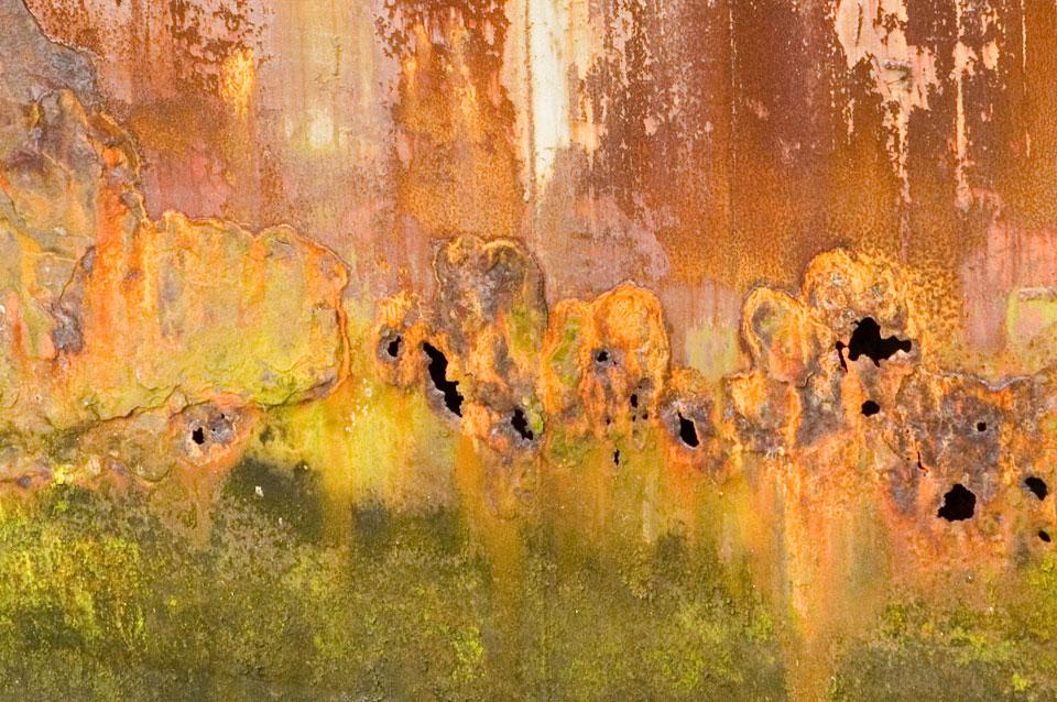 rusty-plate-crop-5344